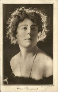 Ena Beaumont, Ships Piano, Capt Norman Macmillan